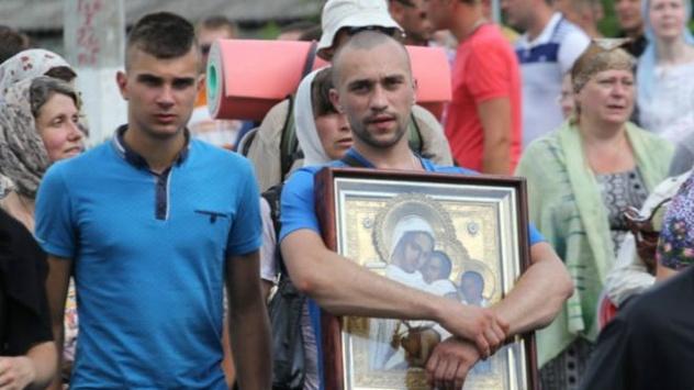 Активисты не пустили крестный ход УПЦ МП в Житомир - Цензор.НЕТ 2221