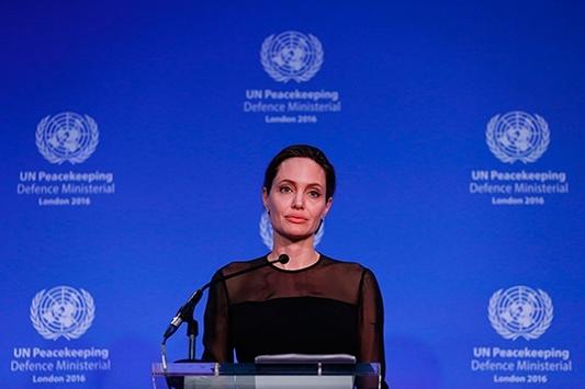 Анджелина Джоли выступила насаммите помиротворчеству ООН