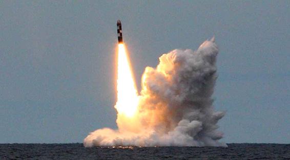 ВРосії вибухнула чергова балістична ракета, запущена з підводного човна
