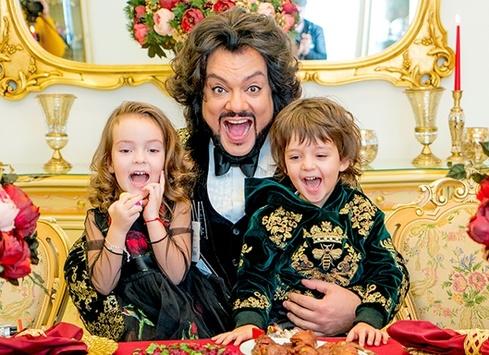 4-летний сын Филиппа Киркорова записал свою первую песню