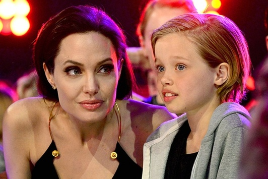 Дети Анджелины Джоли отказались жить сней