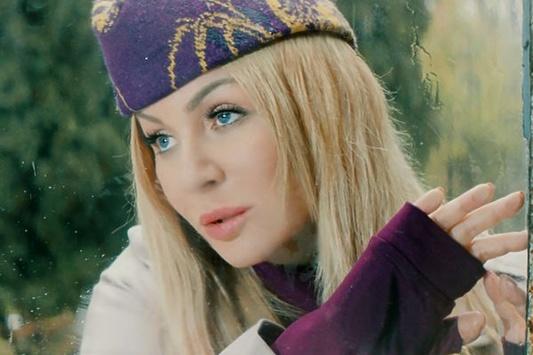 Зимняя премьера: Ирина Билык представила видеоклип нановый хит «Волшебники»
