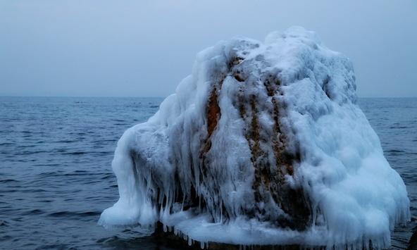 Одеські пляжі вкриваються льодом