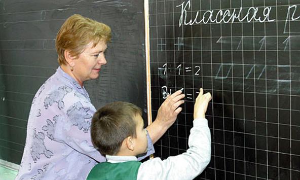 Окупаційна влада Севастополя визнала: вчителі не хочуть працювати за російські зарплати
