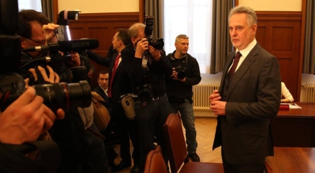 Австрійська преса: Фірташ може провести у віденській в'язниці 2 місяці