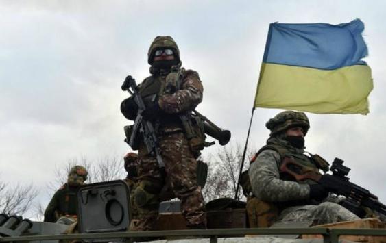 Муженко: Армія готується до різних сценаріїв, у тому числі до повномасштабної агресії