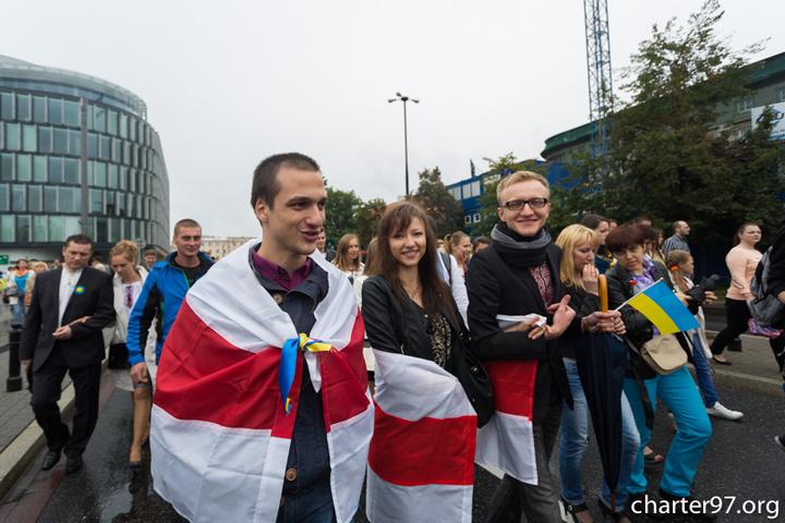 Поляки готові приймати біженців з Донбасу - опитування