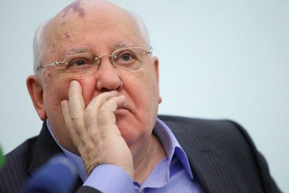 Горбачов вважає, щосвіт готується до війни