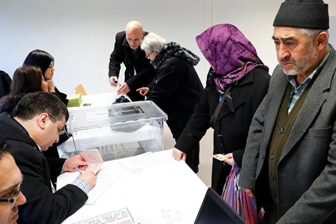Спостерігачі заявили про можливе підтасовування 2,5 млн голосів нареферендумі вТуреччині