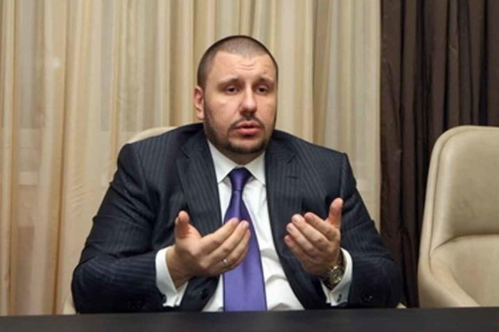 Військова прокуратура викликає екс-міністра Клименка на допит