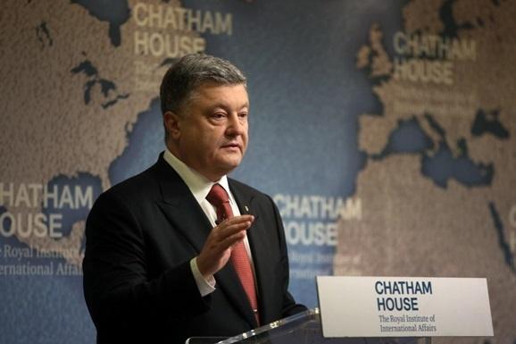 П.Порошенко: В.Путін продовжує порушувати всі обіцянки
