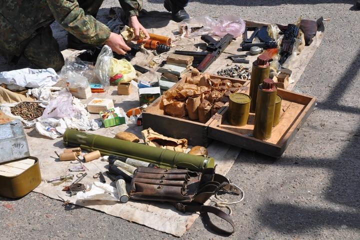 В гаражі у миколаївського комуніста силовики знайшли потужний арсенал зброї
