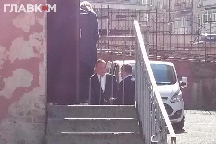 Судебное заседание по избранию меры пресечения Мартыненко перенесли на 22 апреля, он проведет ночь в СИЗО - Цензор.НЕТ 5247