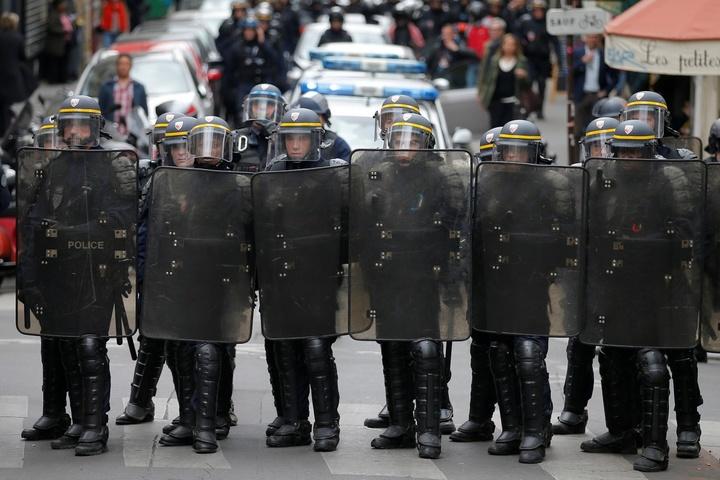 Загалом у Франції відбулося майже 40 акцій протесту.
