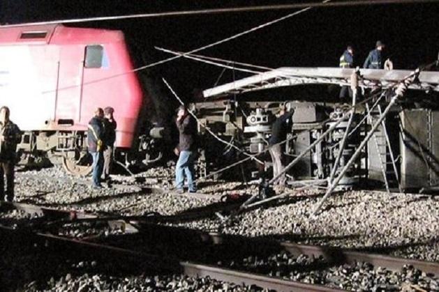 УГреції потяг протаранив житловий будинок, українці непостраждали ваварії