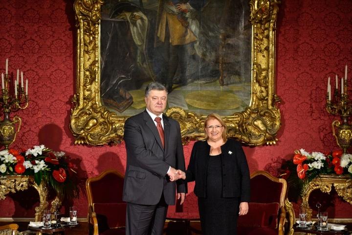 Петро Порошенко і Марі-Луїз Колейро-Прека - Порошенко проводить зустріч із  президентом Мальти 11b57153eb0a1