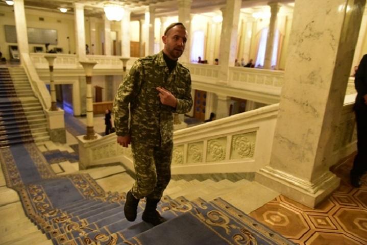 «Підклав йому свої рученята»: Гаврилюк прокоментував напад нажурналіста. Відеофакт
