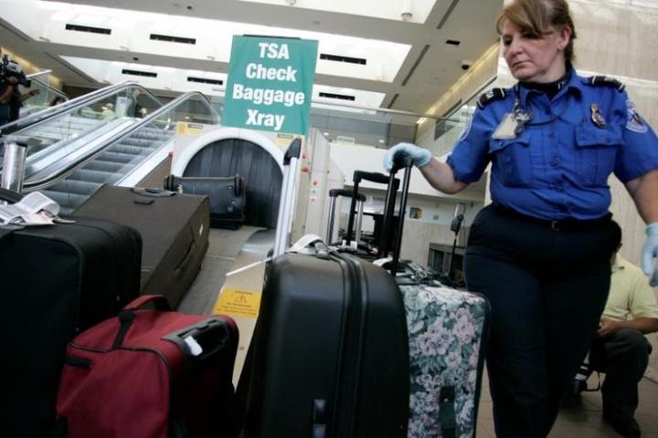 У США хочуть повністю заборонити провозити ноутбуки у ручній поклажі в літаках
