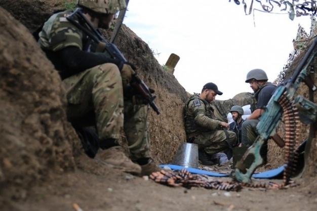 Доба взоні АТО: семеро українських бійців отримали поранення
