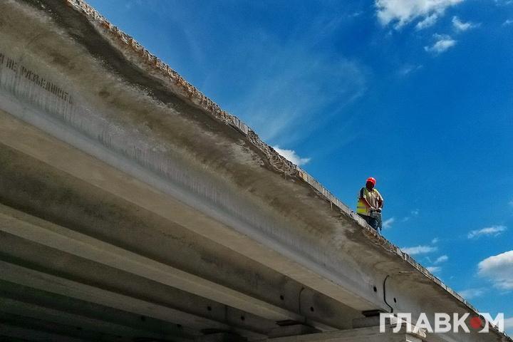 Влітку закриють рух нашляхопроводі біля станції метро «Нивки» уКиєві