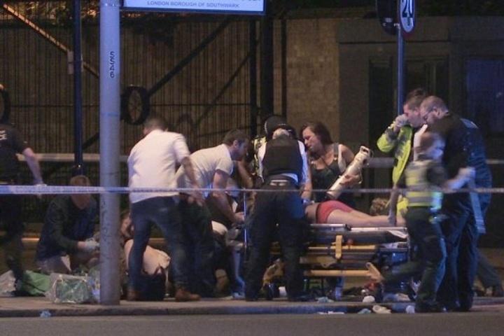 УЛондоні фургон наїхав на пішоходів, щонайменше шестеро загиблих