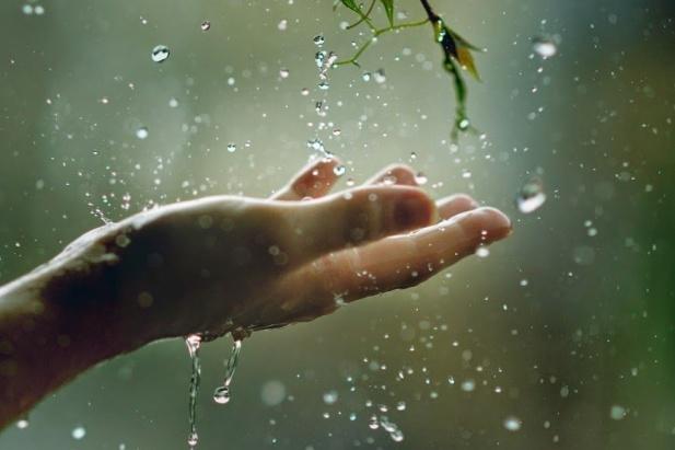 Сильні дощі та вітер: вУкраїну суне похолодання