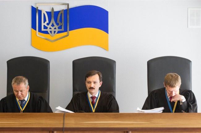 Сьогодні суд продовжить розгляд справи про держзраду Януковича