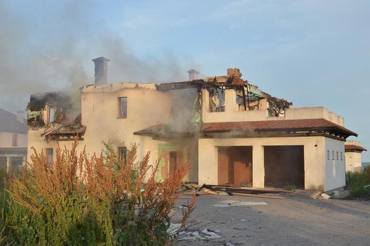 Бойовики обстріляли житлові райони Бердянського: з'явилося відео руйнувань
