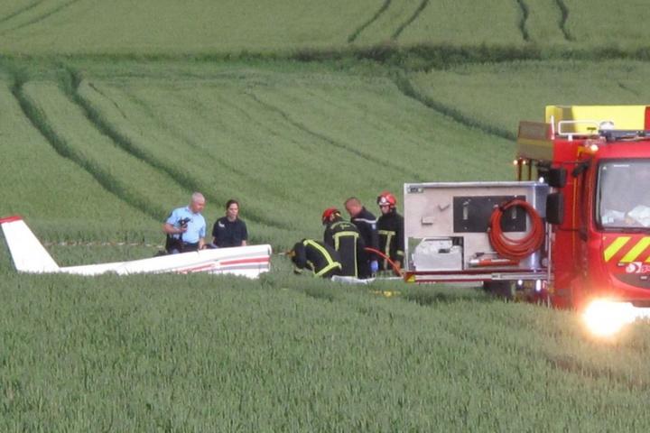 Двоє людей загинули врезультаті падіння уФранції туристичного літака