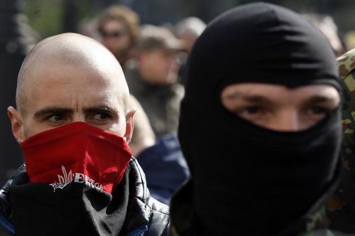 Активісти заблокували центр Києва, щоб недопустити проведення ЛГБТ-параду