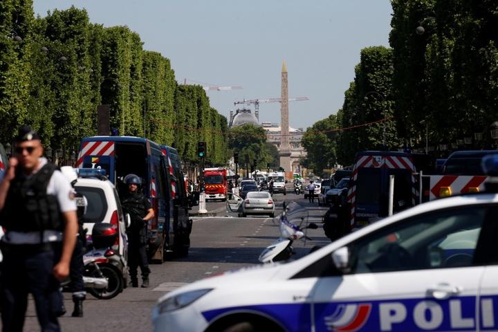 Місце аварії у Парижі