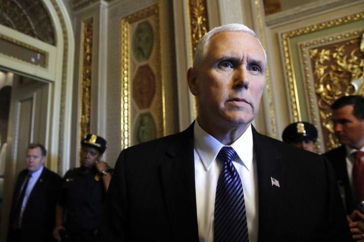 У Білому домі підтвердили переговори Порошенка із віце-президентом США