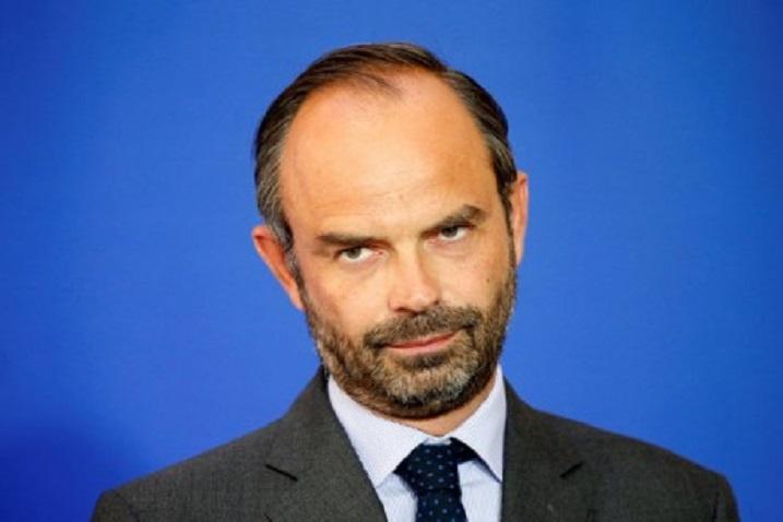 Уряд Франції сьогодні піде втехнічну відставку