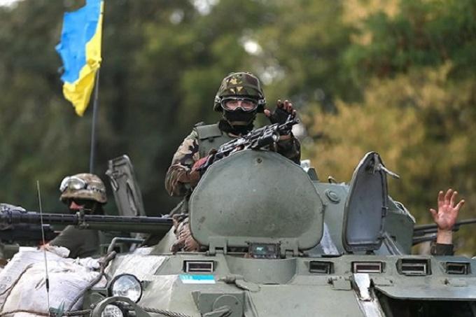 За минулу добу в зоні АТО було поранено двох українських військових