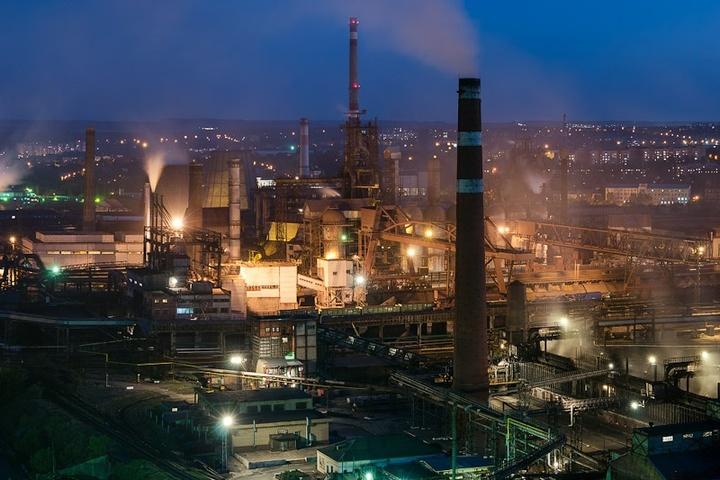 Донецький металургійний завод призупинив роботу