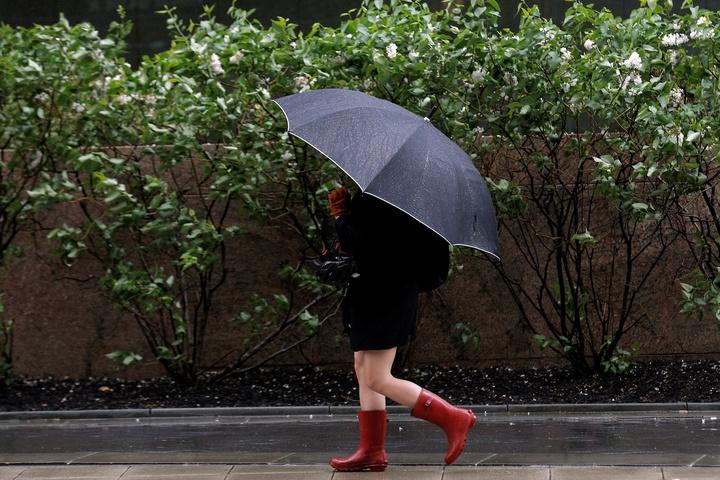 Українців попередили про дощі і вітер