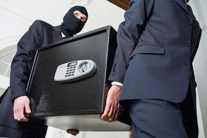 У Житомирі вночі пограбували офіс «Батьківщини»
