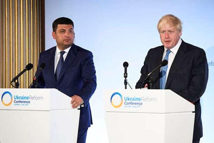 Глава МЗС Британії: Україна зробила дивовижний прогрес уреформах за3 роки