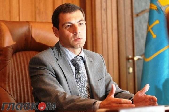 Уекс-заступникаАП Януковича знайшли незадекларований мільйон «зелених»