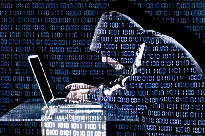 Експерти повідомили про новий вірус: Кpaдe гpoшi зi cмapтфoнiв нa Android