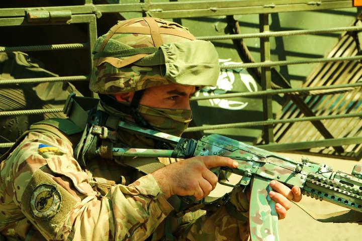 Штаб АТО: Від початку доби бойовики 11 разів порушували режим тиші