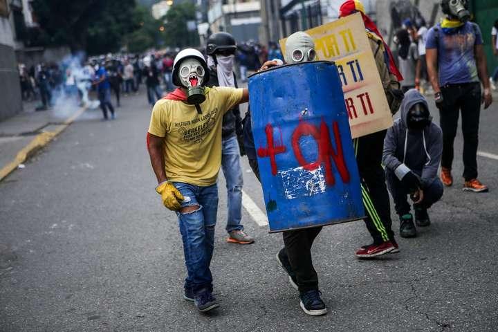 УВенесуелі під час народного референдуму застрелили двох осіб
