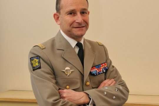 Французький головнокомандувач збройних сил П'єр де Вільє подав у відставку