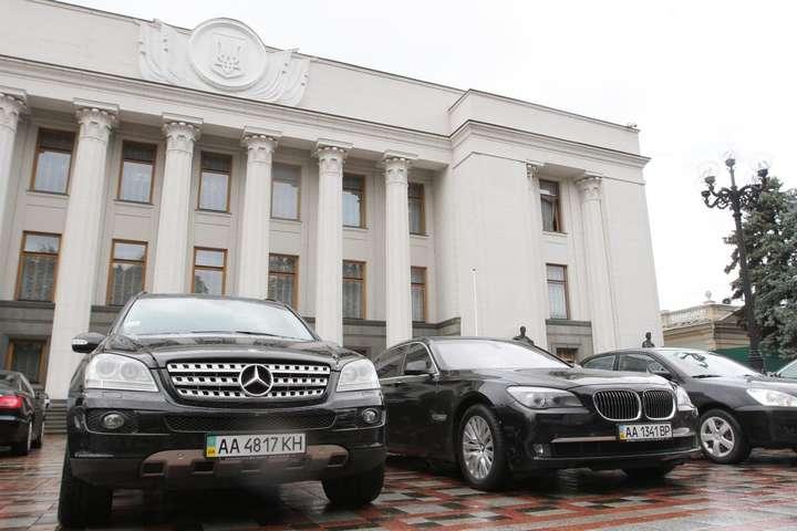 Генпрокуратура витратить понад 9,5 млн гривень на покупку автівок