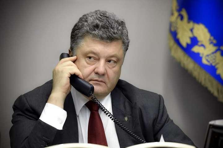 Порошенко вказав наважливість введення миротворців ООН напереговорах уНормандському форматі