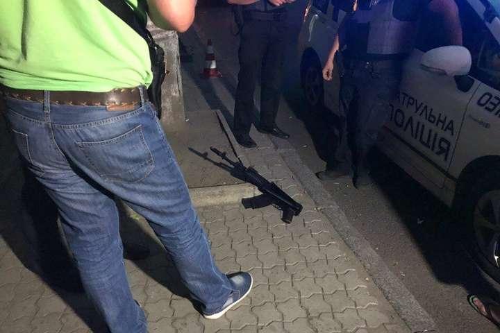 Перестрілка в центрі Дніпра: одна людина загинула, шестеро поранених