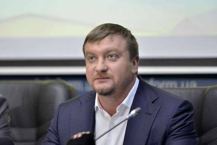 Україна довела, що у Кремлі кілька років планували анексію Криму, - Петренко