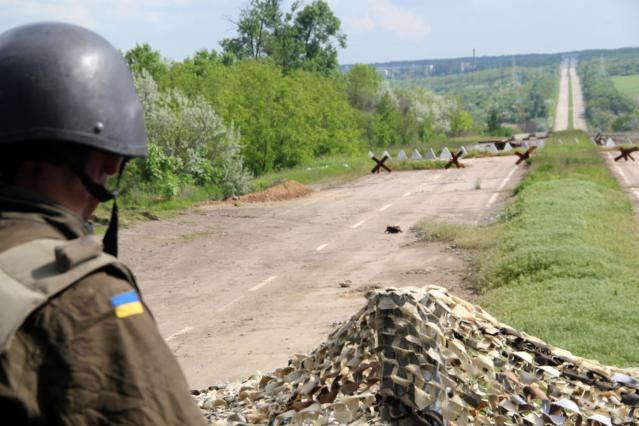 НаДонбасі задобу загинув один український військовий, чотирьох поранено— штаб