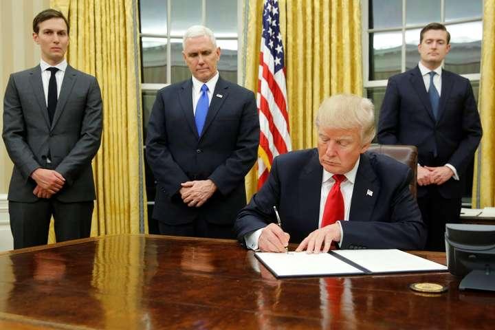 Трамп збирається підписати закон про санкції щодо Росії