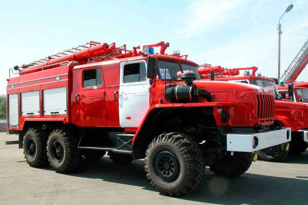 УКиєві сталася пожежа наСТО уПечерському районі